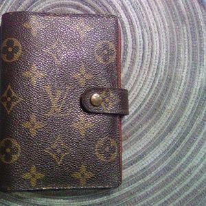 Louis Vuitton authentic small ring agenda